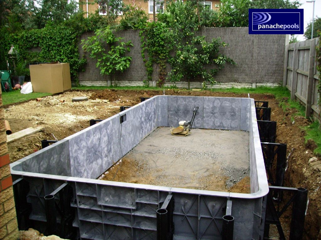 Swimming Pools Design Build Install Northamptonshire